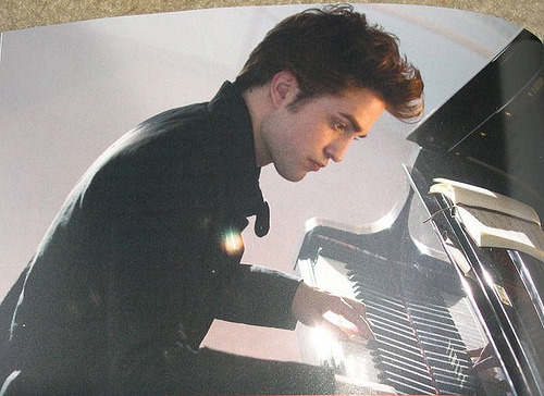 Galeria Robert Pattinson [Edward Cullen] Edward-cullen